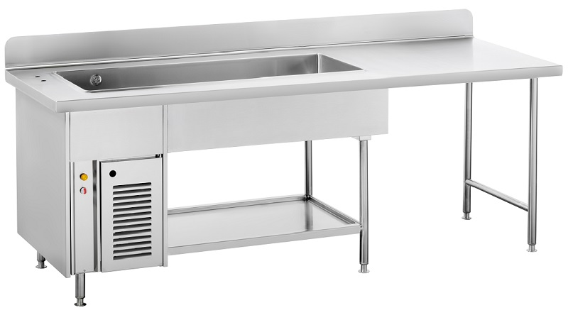 Hot counter with lower shelf